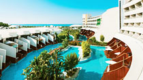 Cornelia Diamond Golf Resort & Spa – lapsiperheille, jotka haluavat lomallaan luksusta.
