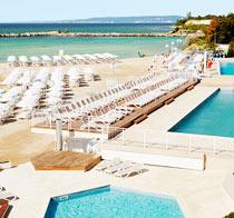 Lapsiystävällinen hotelli White Lagoon Beach Resort.