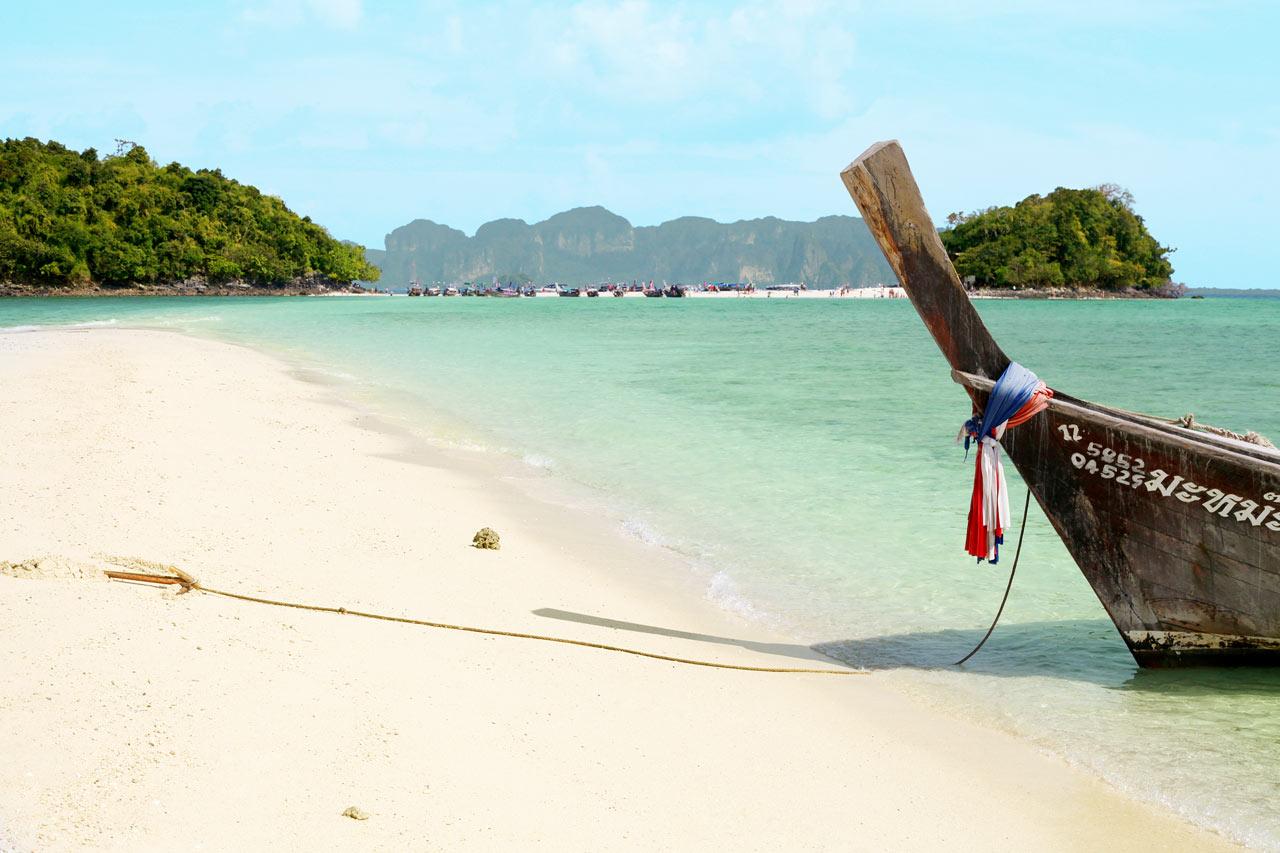 Thaimaa - Chicken and Tub Island, jonne järjestetään veneretkiä Klong Muangista ja Ao Nangista