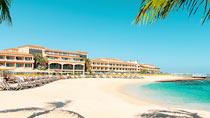 Gran Hotel Atlantis Bahia Real – lapsiperheille, jotka haluavat lomallaan luksusta.
