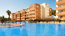 H10 Mediterranean Village – perhehotelli hyvillä lapsialennuksilla.