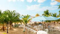 Rooms On The Beach Negril – yksi suosituista romanttisista hotelleistamme.